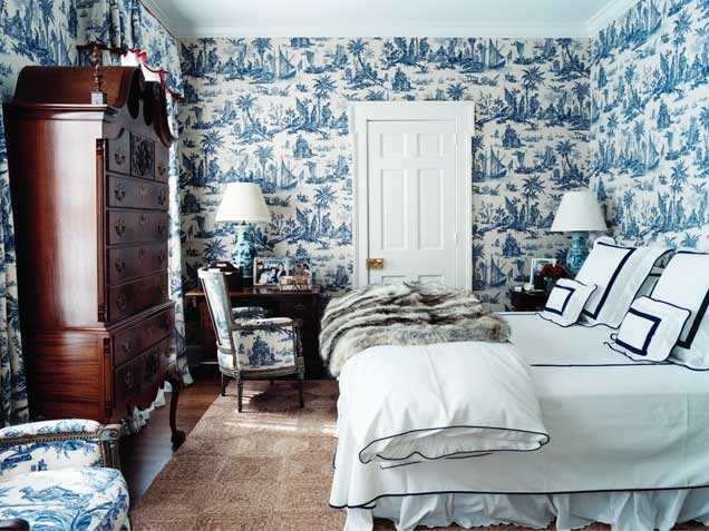 ... blue-white-decor-francois-halard-home-blue-tradional-bedroom